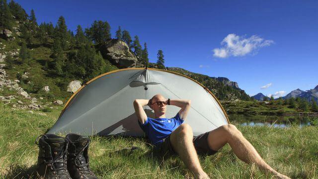 Faire du camping pour des vacances exception